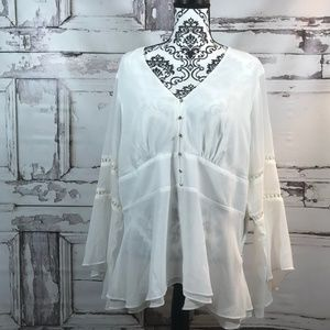 City Chic Sz 18 Flowy White Blouse Bell Sleeves